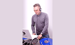 DJ Tik, Crezik prod : Des Dj's Toulousains passionnés